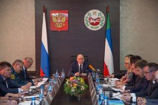 Михаил Развожаев совместно с главами муниципалитетов рассмотрел наиболее проблемные вопросы прохождения отопительного сезона